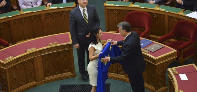 Szabó_Tímea_Eu_zászló