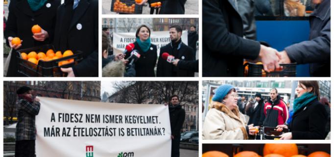Az Együtt-PM ételt oszt a Blaha Lujza téren - 2014.01.16.